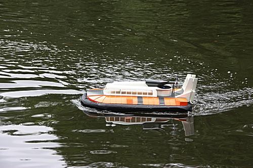 hovercraft_bernd_fink